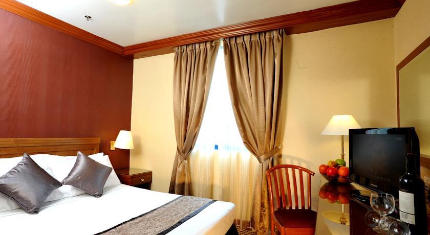 oxford hotel room
