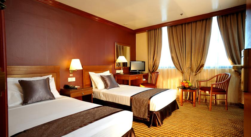 oxford hotel - twin room